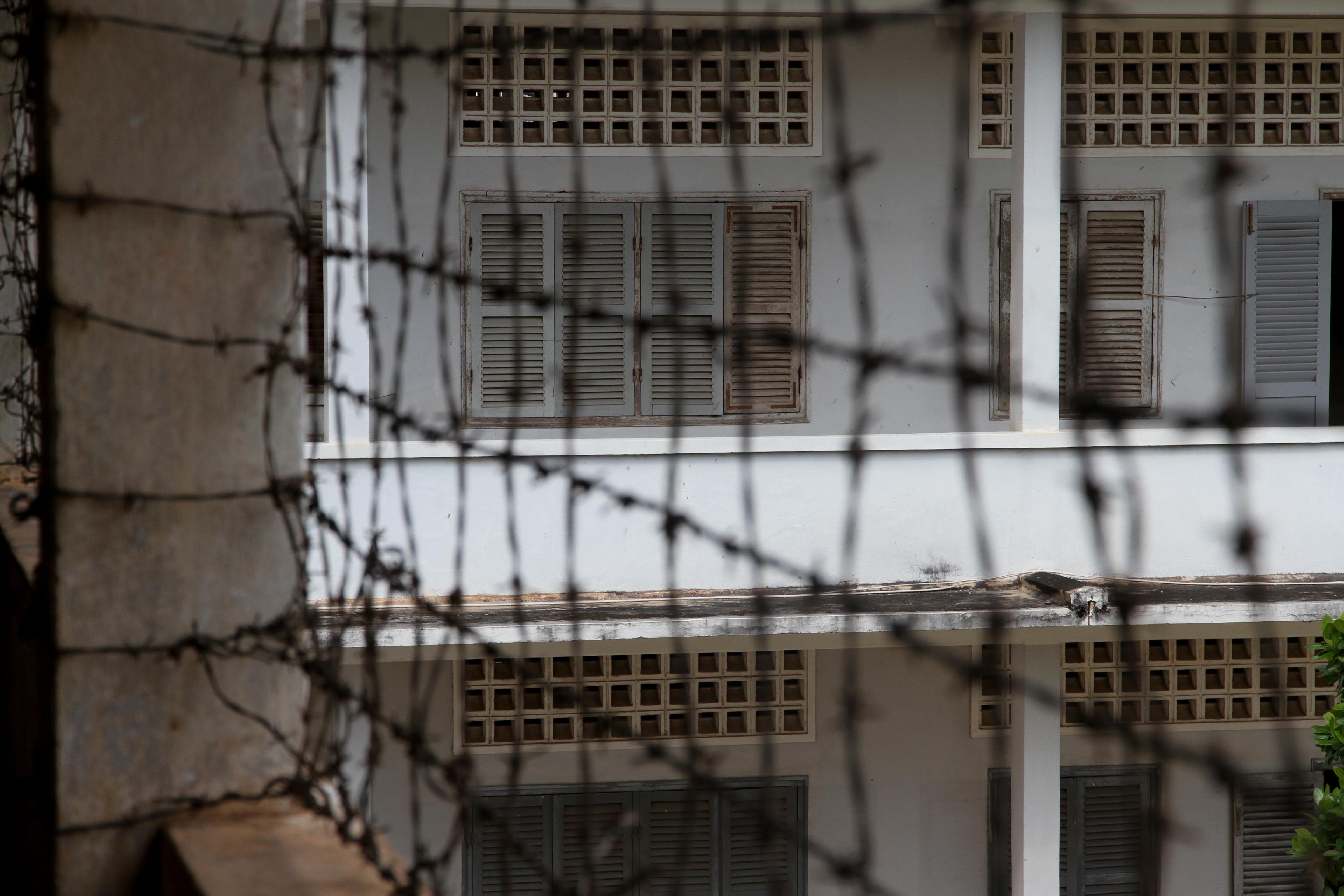 prison phnom penh