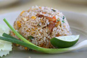 riz frit gastronomie thailande