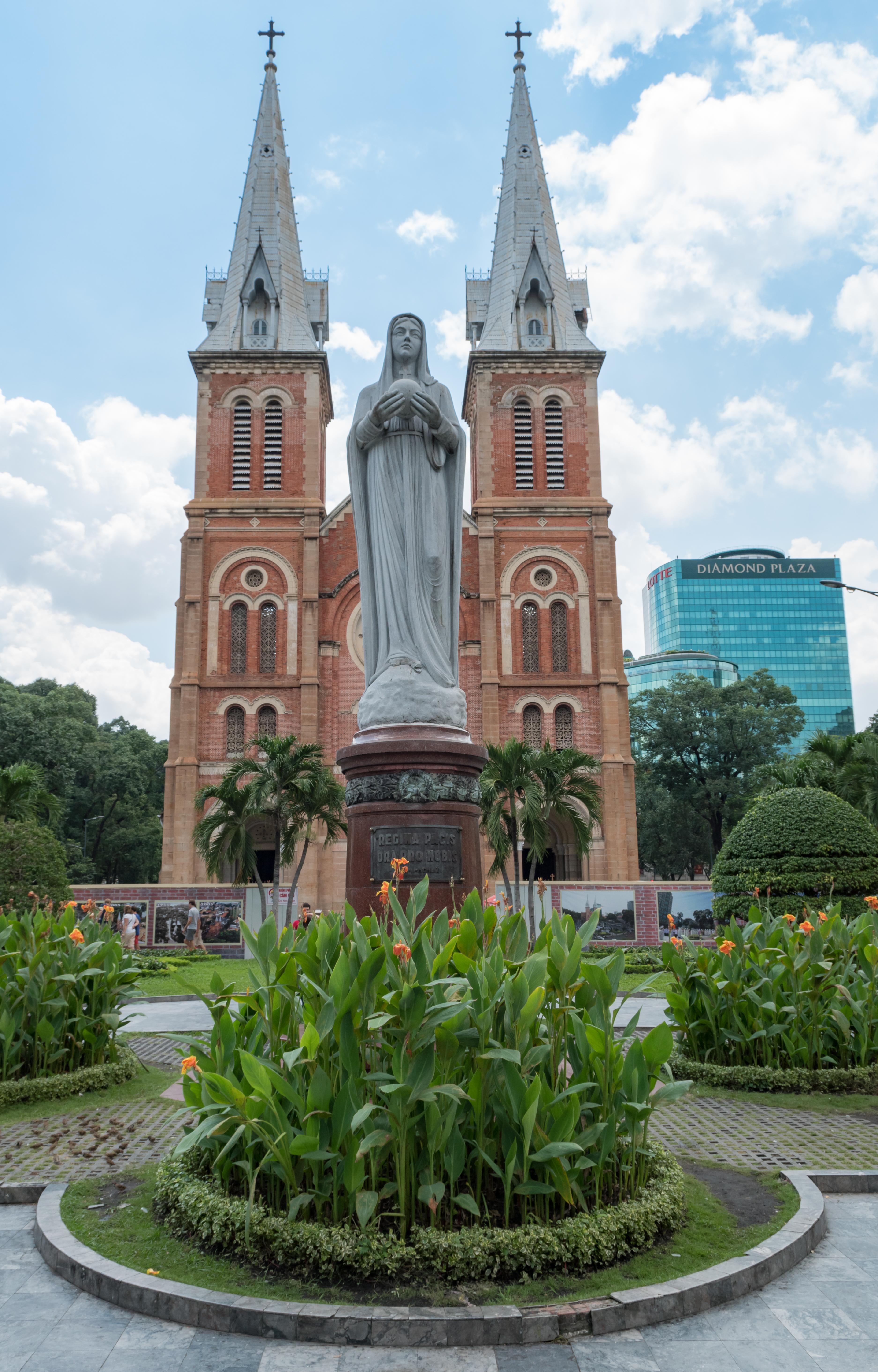 cathédrales en Asie du Sud-Est sqigon